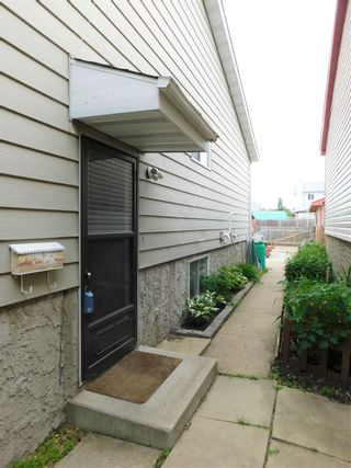 Photo 3: 4234 50 Street: Gibbons House for sale : MLS®# E4239668