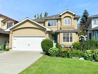 Photo 1: 11 DOUGLAS WOODS Hill SE in Calgary: Douglasdale/Glen Detached for sale : MLS®# A1025929