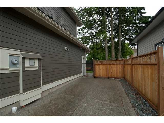 """Photo 20: Photos: 16418 11A Avenue in Surrey: King George Corridor House for sale in """"SOUTH MERIDIAN"""" (South Surrey White Rock)  : MLS®# F1312096"""