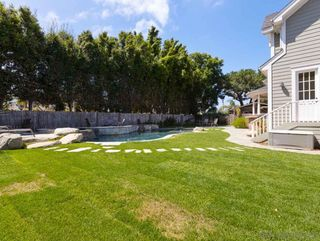 Photo 19: OCEANSIDE House for rent : 4 bedrooms : 2121 Grandview St
