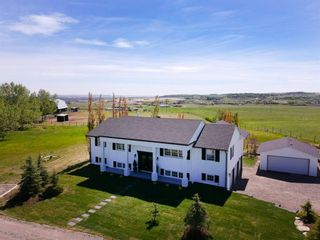 Photo 1: 387018 Meridian Street: Rural Foothills County Detached for sale : MLS®# A1115670