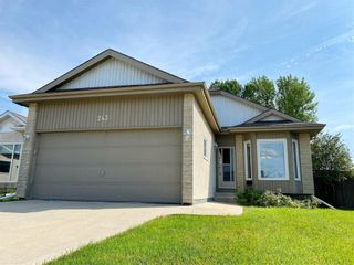 Photo 2: 243 Marygrove Crescent in Winnipeg: House for sale : MLS®# 202122583