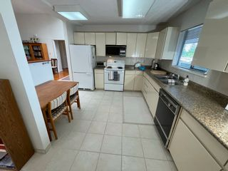"""Photo 7: 409 333 WETHERSFIELD Drive in Vancouver: South Cambie Condo for sale in """"LANGARA COURT"""" (Vancouver West)  : MLS®# R2613843"""