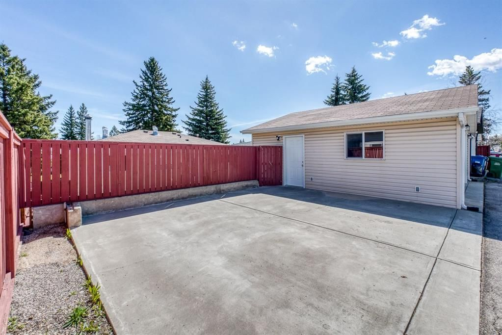 Photo 29: Photos: 499 Canterbury Drive SW in Calgary: Canyon Meadows Detached for sale : MLS®# A1107365