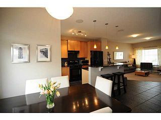 Photo 8: 90 COUGARTOWN Circle SW in CALGARY: Cougar Ridge Residential Detached Single Family for sale (Calgary)  : MLS®# C3522598