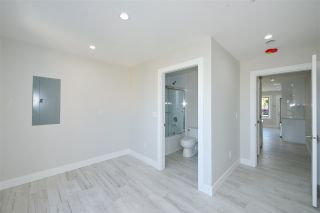 Photo 11: 870 E 58TH Avenue in Vancouver: South Vancouver 1/2 Duplex for sale (Vancouver East)  : MLS®# R2443713