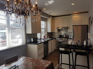 Photo 7: 5635 WILLOW Street in Vancouver: Cambie Townhouse for sale (Vancouver West)  : MLS®# R2625755
