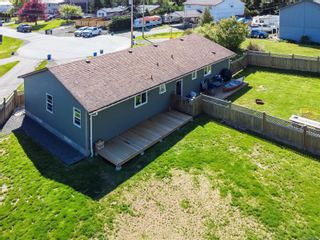 Photo 4: A 937 Watson Cres in : CR Campbell River West Half Duplex for sale (Campbell River)  : MLS®# 875358