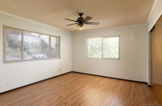 Photo 12: SOUTHEAST ESCONDIDO House for sale : 4 bedrooms : 329 Cypress Crest Ter in Escondido