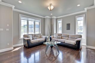 Photo 2: 4904 MacTaggart Court: Edmonton House for sale : MLS®# E4113625