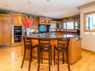 Photo 11: 1657 Islington Crt in COMOX: CV Comox (Town of) House for sale (Comox Valley)  : MLS®# 790596