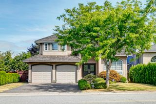"""Photo 1: 20723 90A Avenue in Langley: Walnut Grove House for sale in """"Greenwood Estate"""" : MLS®# R2609766"""
