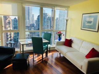 """Photo 9: 2606 1199 SEYMOUR Street in Vancouver: Downtown VW Condo for sale in """"BRAVA"""" (Vancouver West)  : MLS®# R2590531"""
