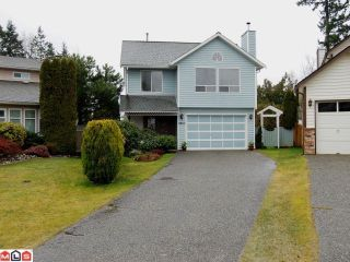"""Photo 1: 9018 155A Street in Surrey: Fleetwood Tynehead House for sale in """"Berkshire Park"""" : MLS®# F1106800"""