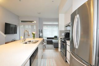 """Photo 6: 81 7811 209 Street in Langley: Willoughby Heights Townhouse for sale in """"EXCHANGE"""" : MLS®# R2121302"""