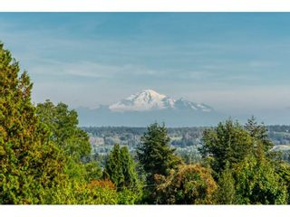 Photo 14: 15690 GOGGS Avenue: White Rock House for sale (South Surrey White Rock)  : MLS®# R2308953