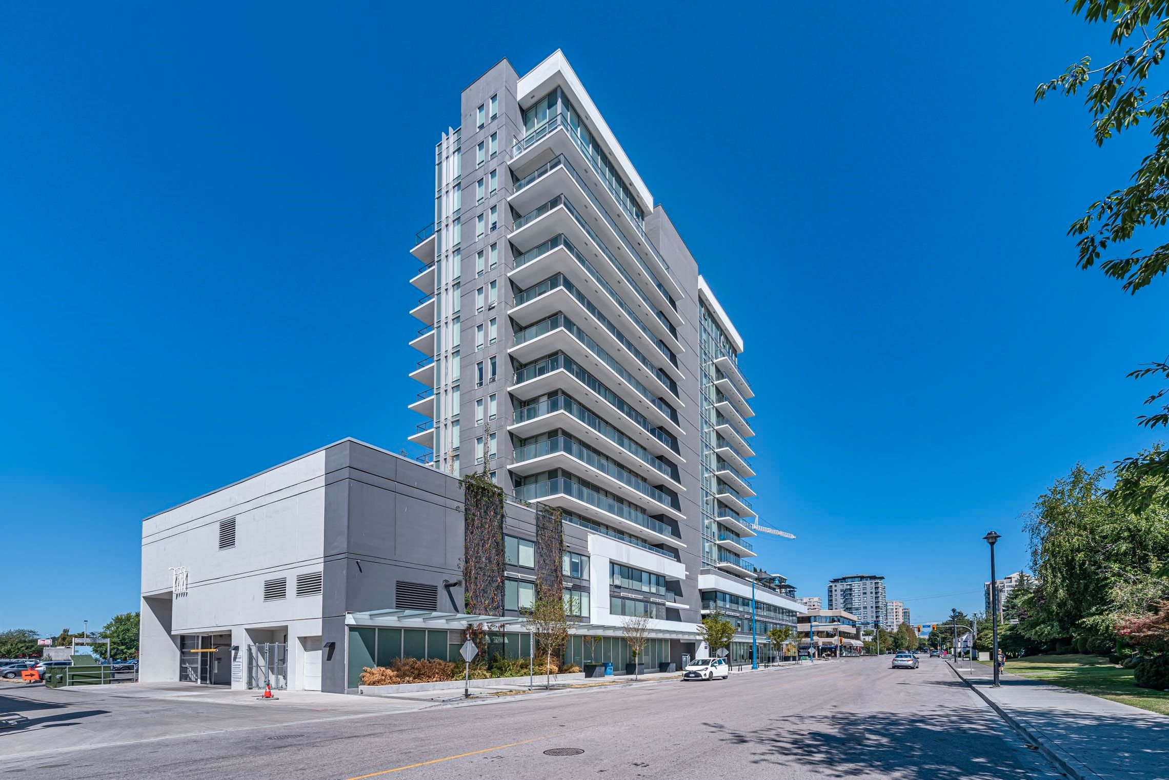 """Main Photo: 1102 6533 BUSWELL Street in Richmond: Brighouse Condo for sale in """"ELLE"""" : MLS®# R2612485"""