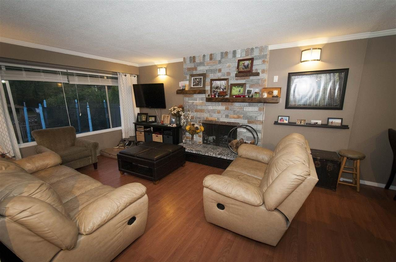Photo 5: Photos: 1685 RALPH Street in North Vancouver: Lynn Valley House for sale : MLS®# R2100711