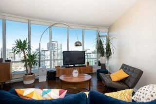 """Photo 7: 2203 833 HOMER Street in Vancouver: Downtown VW Condo for sale in """"Atelier on Robson"""" (Vancouver West)  : MLS®# R2618183"""