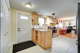 Photo 4: 70 Glenda Crescent in Fairview: 6-Fairview Residential for sale (Halifax-Dartmouth)  : MLS®# 202123737