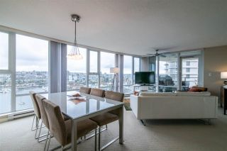"""Photo 7: 2103 583 BEACH Crescent in Vancouver: Yaletown Condo for sale in """"PARK WEST TWO"""" (Vancouver West)  : MLS®# R2361220"""