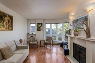 """Photo 5: 205 2428 W 1ST Avenue in Vancouver: Kitsilano Condo for sale in """"NOBLE HOUSE"""" (Vancouver West)  : MLS®# R2450860"""