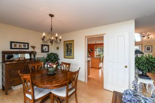 Photo 12: 1003 Kingsley Cres in : CV Comox (Town of) House for sale (Comox Valley)  : MLS®# 886032