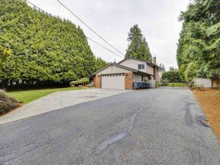 Photo 2: 3310 144 Street in Surrey: Elgin Chantrell House for sale (South Surrey White Rock)  : MLS®# R2558914