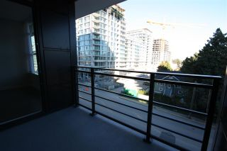 """Photo 16: 512 3333 SEXSMITH Road in Richmond: West Cambie Condo for sale in """"SORRENTO EAST"""" : MLS®# R2309692"""