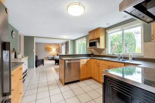 Photo 8: 10411 HOGARTH Drive in Richmond: Woodwards House for sale : MLS®# R2571578