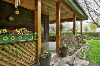 Photo 2: 3950 Williams Street: Peachland House for sale : MLS®# 10181184