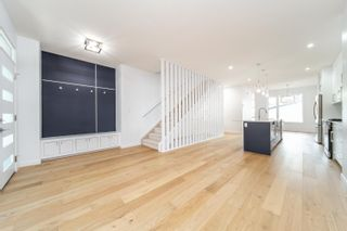 Photo 4: 10312 78 Street NW in Edmonton: Zone 19 House Half Duplex for sale : MLS®# E4262566