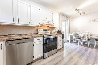 Photo 11: 210 Mowat Crescent in Saskatoon: Pacific Heights Residential for sale : MLS®# SK870029