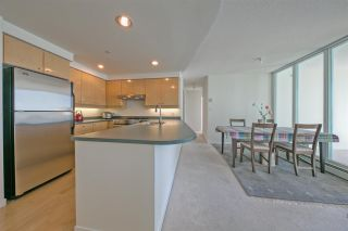 Photo 10: 1806 1009 EXPO Boulevard in Vancouver: Yaletown Condo for sale (Vancouver West)  : MLS®# R2591723