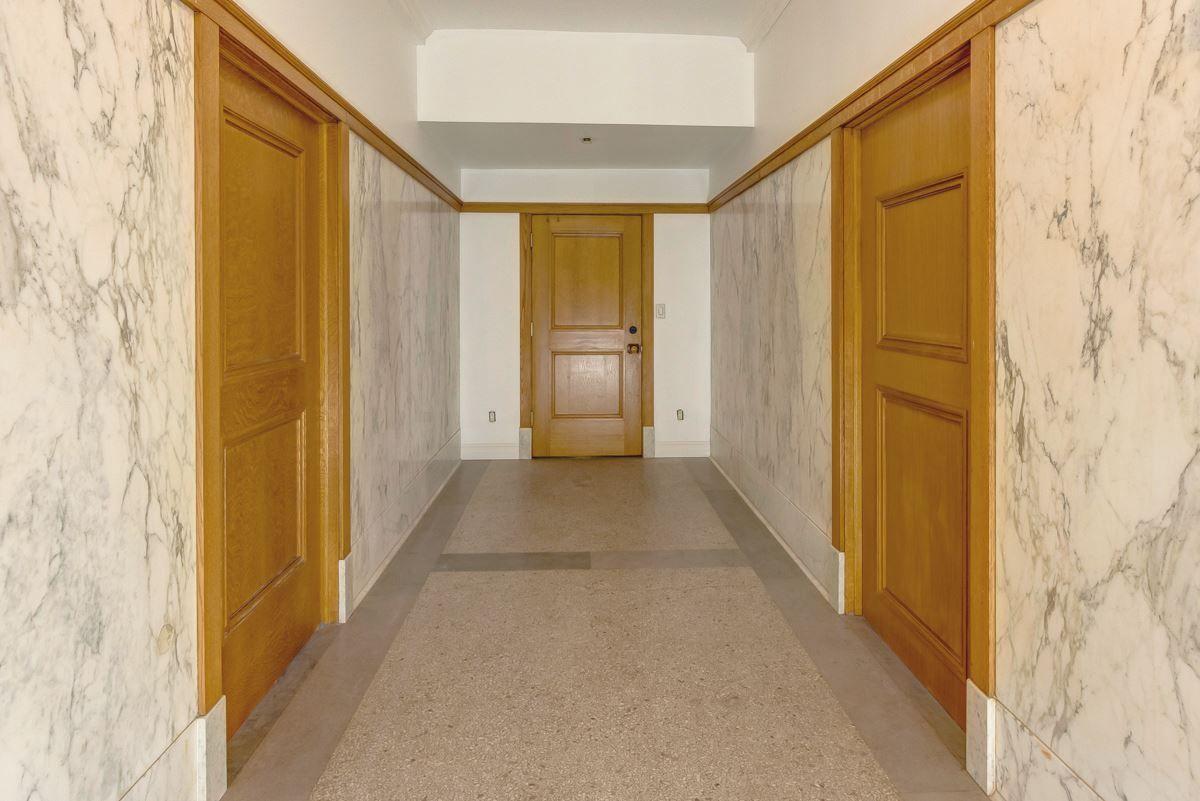 Photo 8: Photos: 210 10134 100 Street in Edmonton: Zone 12 Condo for sale : MLS®# E4234630