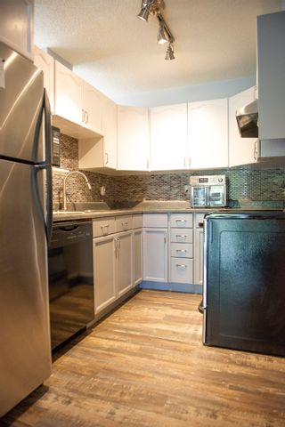 Photo 10: 1266 48 Street in Edmonton: Zone 29 Townhouse for sale : MLS®# E4263927