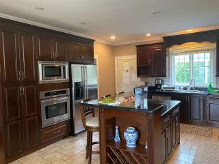 Photo 9: 2881 MALIBU Court in Coquitlam: Scott Creek House for sale : MLS®# R2546037