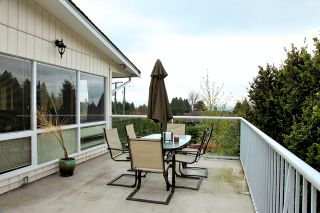 Photo 17: 572 Verona Place in North Vancouver: Upper Delbrook House for sale : MLS®# V945319