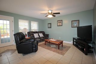 """Photo 6: 21831 44A Avenue in Langley: Murrayville House for sale in """"Murrayville"""" : MLS®# R2163598"""