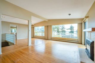 """Photo 9: 14887 HARDIE Avenue: White Rock House for sale in """"White Rock"""" (South Surrey White Rock)  : MLS®# R2509233"""
