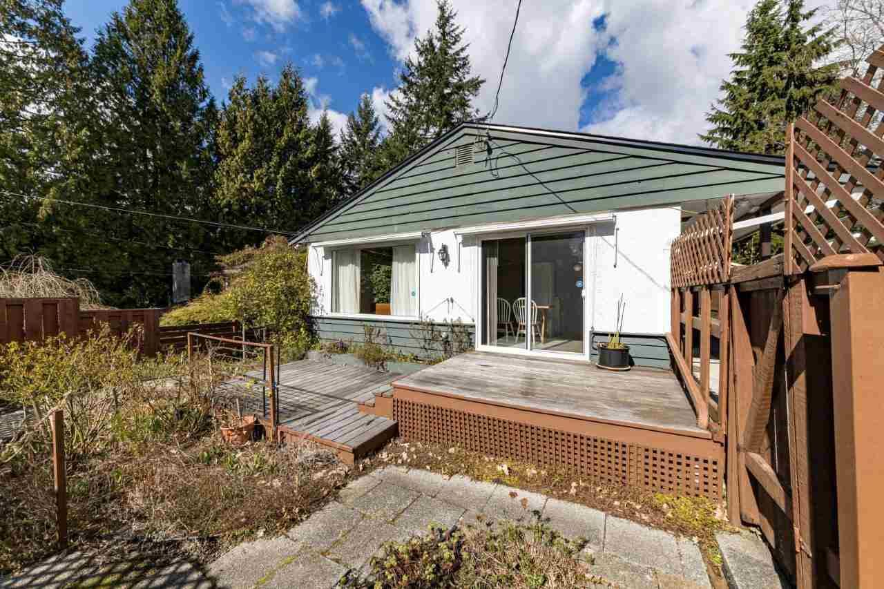 Main Photo: 1428 PAISLEY Road in North Vancouver: Capilano NV House for sale : MLS®# R2555008