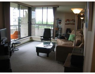 """Photo 3: 906 3771 BARTLETT Court in Burnaby: Sullivan Heights Condo for sale in """"TIMBERLEA"""" (Burnaby North)  : MLS®# V776369"""