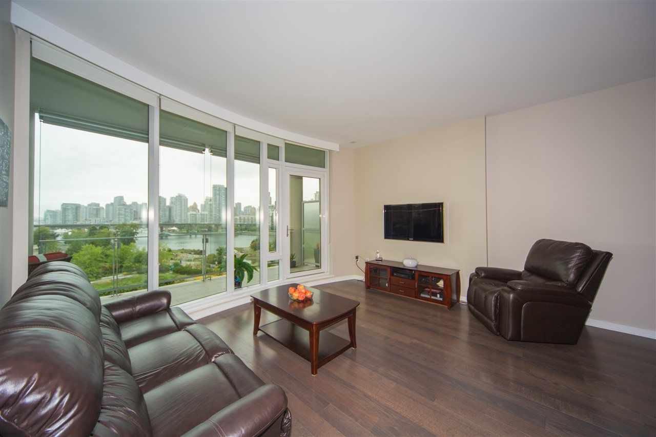 Photo 5: Photos: 606 1616 COLUMBIA STREET in Vancouver: False Creek Condo for sale (Vancouver West)  : MLS®# R2085306