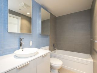 Photo 7: 3405 128 CORDOVA STREET in Vancouver West: Downtown VW Home for sale ()  : MLS®# R2098989