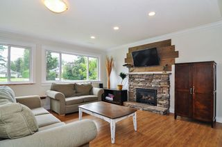 Photo 12: 24327 46A Avenue in Langley: Salmon River House for sale : MLS®# R2474008