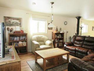 Photo 5: 5004 BORING Road: Hudsons Hope House for sale (Fort St. John (Zone 60))  : MLS®# R2306119