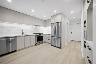 """Photo 3: 509E 3038 ST. GEORGE Street in Port Moody: Port Moody Centre Condo for sale in """"The George"""" : MLS®# R2524188"""