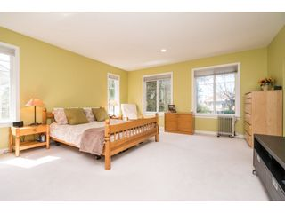 Photo 13: 955 164A Street in Surrey: King George Corridor House for sale (South Surrey White Rock)  : MLS®# R2154455