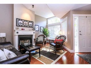 """Photo 3: 15053 27A Avenue in Surrey: Sunnyside Park Surrey Townhouse for sale in """"DAVENTRY"""" (South Surrey White Rock)  : MLS®# F1421884"""