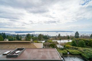 Photo 27: 74 2212 FOLKESTONE Way in West Vancouver: Panorama Village Condo for sale : MLS®# R2555777
